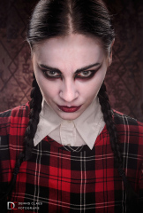 Cimarosa Creepy Schoolgirl 2016