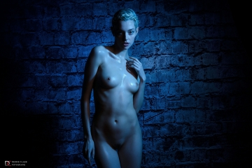 Riona Neve, Cool Nude 2017