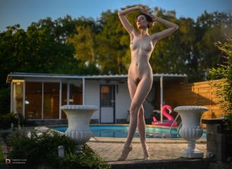 Sara Scarlet, zwembadshoot 2020